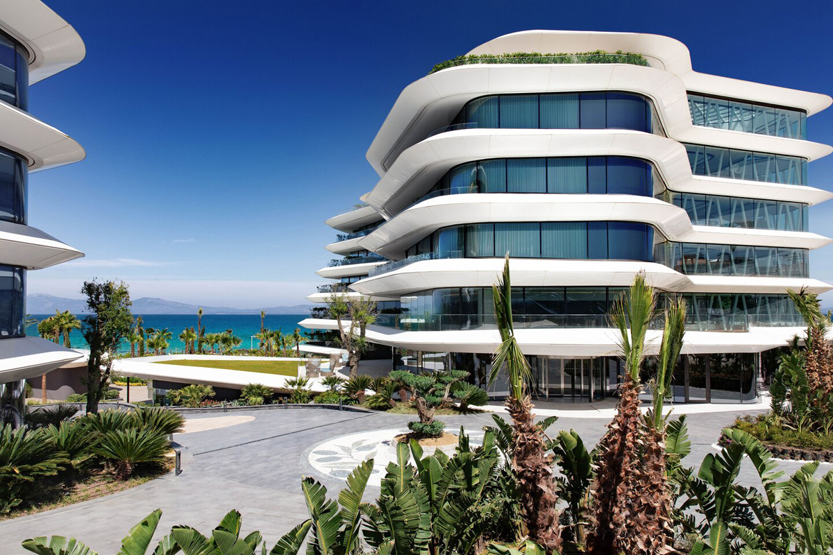 Reges, a Luxury Collection Resort